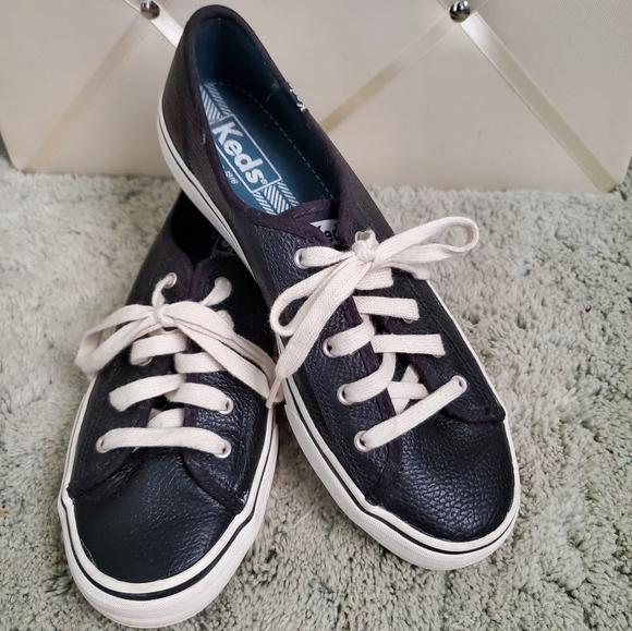 Keds Black Pebbled Leather Triple Kicks 7.5